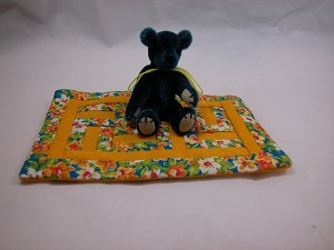 "World of Miniature Bears 2.5"" Plush Bear with Quilt #5353Q3 Collectible Minia..."